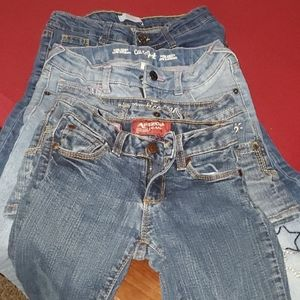A 4 pack of kids jeans